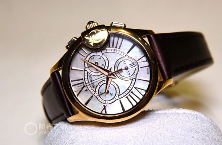 舒?#39318;?#22914; 宝曼Balmainia Chrono Lady Arabesques多功能女士腕表