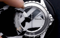 无需命名 Chanel J12 Untitled腕表