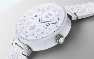 奢华与智慧的连结:Louis Vuitton Tambour Horizo​​n智能腕表
