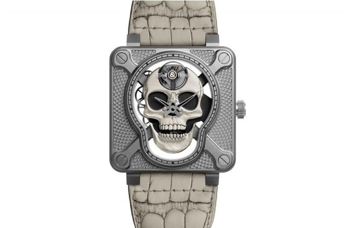 Bell & Ross BR 01 Laughing Skull WHITE腕表