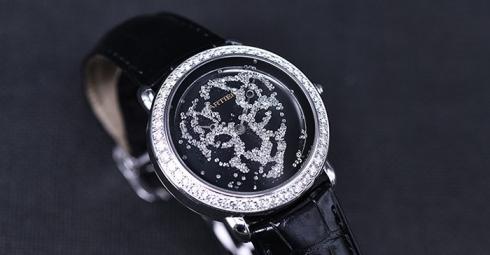 【视频】魅力猎豹 卡地亚RÉVÉLATION D'UNE PANTHÈRE猎豹造型腕表